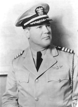 Navy Captain Tommy Tomlinson